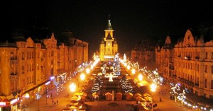The Victory Square in Timisoara; Taken from the Opera House Balcony during Christmas celebrations. Autor foto: Radufan, via Wikimedia Commons.